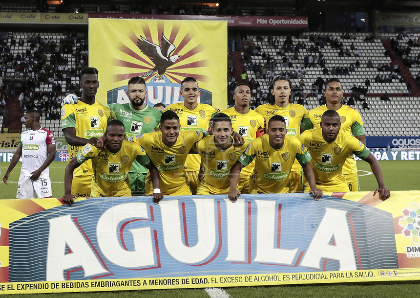 MANIZALES - COLOMBIA, 08-10-2018: Jugadores del Leones posan para una foto previo al encuentro entre Once Caldas y Leones F.C. por la fecha 13 de Liga Águila II 2018 jugado en el estadio Palogrande de la ciudad de Manizales. / Players of Leones pose to a photo prior the match between Once Caldas and Leones F.C. for the date 13 of the Aguila League II 2018 played at Palogrande stadium in Manizales city. Photo: VizzorImage / Santiago Osorio / Cont