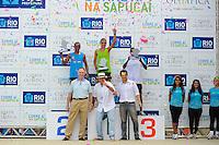 RIO DE JANEIRO, RJ, 12 DE FEVEREIRO DE 2012 - CARNAVAL RIO 2012 - O Prefeito Eduardo Paes, e o presidente do comitê dos Jogos Olimpicos, Carlos Arthur Nuzman, na entrega dos prêmios da corrida que marco a abertura oficial do novo Sambódromo do Rio, que também será utilizado nos Jogos Olímpicos, e que após reformas recebeu o traçado original projetado por Oscar Niemeyer há quase 30 anos. <br /> FOTO GLAICON EMRICH - NEWS FREE