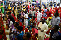 NIGERIA, City Lagos, Shepherdhill Baptist church, holy mass on sunday / Baptisten Kirche, Sonntagsmesse
