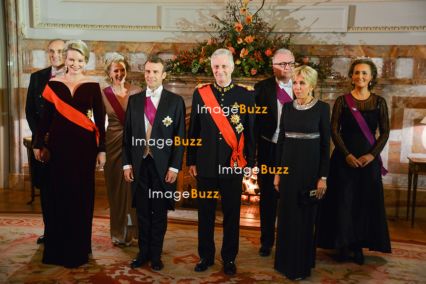 Le Président français Emmanuel Macron et Brigitte Macron, sont invités au dîner d'état par le roi Philippe de Belgique et la reine Mathilde de Belgique, au château royal de Laeken, lors d'une visite d'état en Belgique.<br /> Belgique, Bruxelles, 19 novembre 2018.<br /> French President Emmanuel Macron and wife Brigitte Macron attend thé State Dinner with King Philippe of Belgium and Queen Mathilde of Belgium, at thé Royal Castle during a State Visit to Belgium.<br /> Belgium, Brussels, 19 November 2018.<br /> Pix : Emmanuel Macron, Brigitte Macron, King Philippe of Belgium, Queen Mathilde of Belgium, Prince Lorenz, Princess Astrid, Prince Laurent & Princess Claire of Belgium