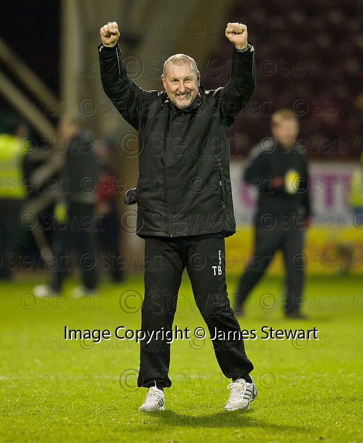 CALEY MANAGER TERRY BUTCHER AT THE END OF THE GAME..14/01/2012 sct_jsp021_motherwell_v_ict     .Copyright  Pic : James Stewart.James Stewart Photography 19 Carronlea Drive, Falkirk. FK2 8DN      Vat Reg No. 607 6932 25.Telephone      : +44 (0)1324 570291 .Mobile              : +44 (0)7721 416997.E-mail  :  jim@jspa.co.uk.If you require further information then contact Jim Stewart on any of the numbers above.........