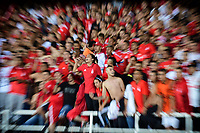 CALI - COLOMBIA, 14-11-2019: xHinchas del América animan a su equipo durante partido por la fecha 2, cuadrangulares semifinales, de la Liga Águila II 2019 entre América de Cali y Alianza Petrolera jugado en el estadio Pascual Guerrero de la ciudad de Cali. / Fans of America cheer for their team during match for the date 2, quadrangular semifinals, as part of Aguila League II 2019 between America de Cali and Alianza Petrolera played at Pascual Guerrero stadium in Cali. Photo: VizzorImage / Nelson Rios / Cont