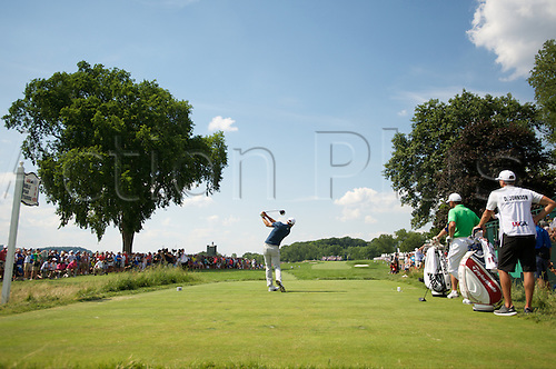 19.06.2016. Pittsburgh, PA,USA.    Dustin Johnson plays his shot from the third tee during the final round of golf at the US Open at Oakmont Country Club in Pittsburgh, PA.