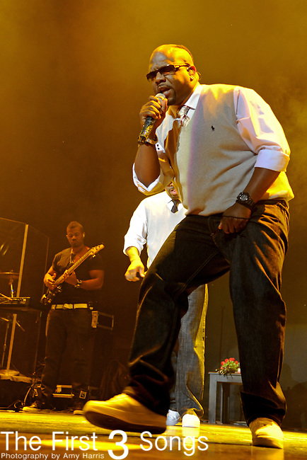 Wanya Morris of Boyz II Men performs at the 2011 Essence Music Festival on July 1, 2011 in New Orleans, Louisiana at the Louisiana Superdome.