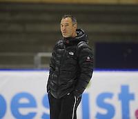 SCHAATSEN: HEERENVEEN: IJsstadion Thialf 05-02-2016, Topsporttraining en wedstrijd, Jan van Veen (trainer/coach), ©foto Martin de Jong
