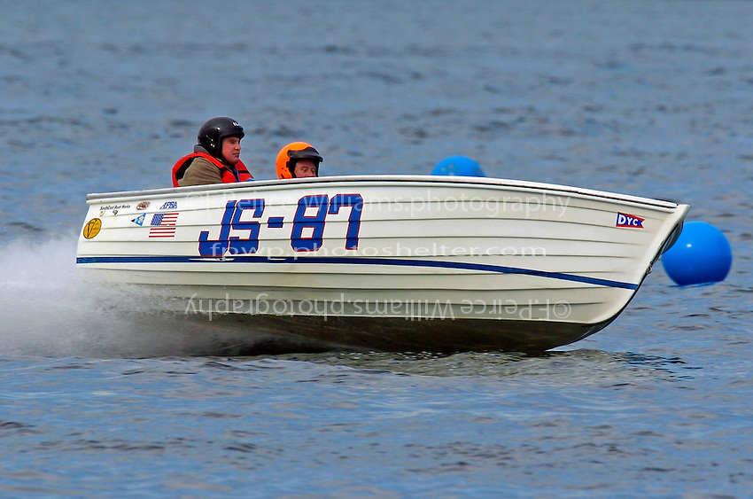 "JS-87 ""River Rat"" (Jersey Speed Skiff)"