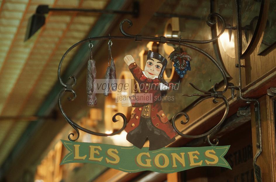 """Europe/France/Rhône-Alpes/69/Rhone/Lyon: Les Halles Enseigne du Bouchon """"Les Gones"""" dans l'enceinte des Halles"""