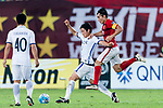 Guangzhou Midfielder Zheng Zhi (R) fights for the ball with Kashima Midfielder Ryota Nagaki (L) during the AFC Champions League 2017 Round of 16 match between Guangzhou Evergrande FC (CHN) vs Kashima Antlers (JPN) at the Tianhe Stadium on 23 May 2017 in Guangzhou, China. (Photo by Power Sport Images/Getty Images)