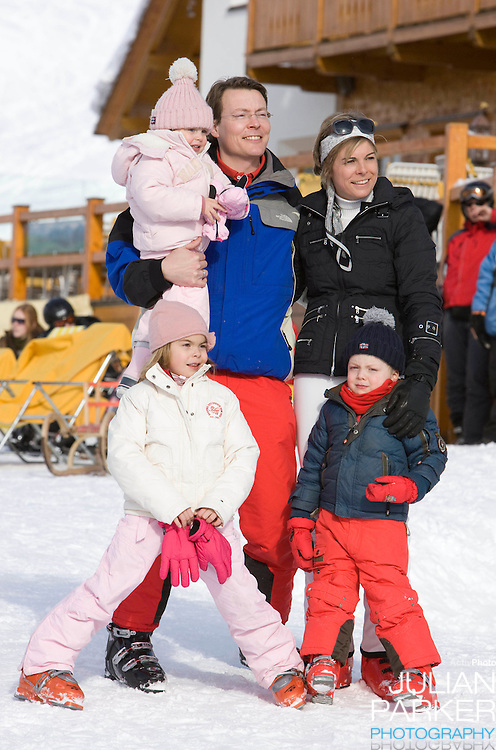 Prince Constantijn, Princess Laurentien, of Holland with their children, Countess Eloise, Count Claus Casimir, and Countess Leonore attend a Photocall with Members of The Dutch Royal Family during their Winter Ski Holiday in Lech Austria