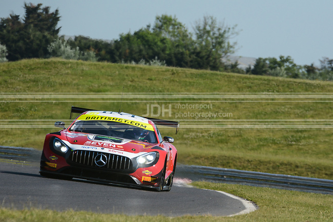 Lee Mowle/Ryan Ratcliffe - AmD Tuning Mercedes-AMG GT3
