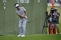 Kevin Na (USA) chips on to 18 during round 3 of the AT&amp;T Byron Nelson, Trinity Forest Golf Club, at Dallas, Texas, USA. 5/19/2018.<br /> Picture: Golffile | Ken Murray<br /> <br /> <br /> All photo usage must carry mandatory copyright credit (&copy; Golffile | Ken Murray)
