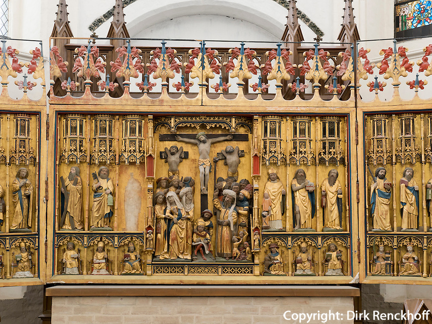 Rochus-Schnitzaltarvon 1530  in  der Marienkirche in Rostock, Mecklenburg-Vorpommern, Deutschland