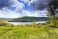 France, Correze, Lissac sur Couze, Causse Lake // France, Corrèze, Lissac-sur-Couze, le lac du Causse