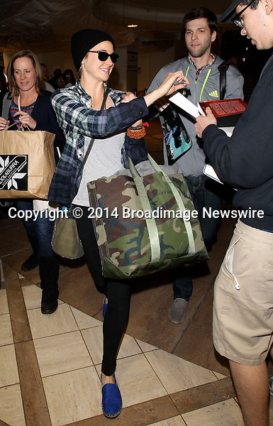 Pictured: Shailene Woodley<br /> Mandatory Credit &copy; CALA/Broadimage<br /> Shailene Woodley arrives at the Los Angeles International Airport<br /> <br /> 1/21/14, Los Angeles, California, United States of America<br /> <br /> Broadimage Newswire<br /> Los Angeles 1+  (310) 301-1027<br /> New York      1+  (646) 827-9134<br /> sales@broadimage.com<br /> http://www.broadimage.com