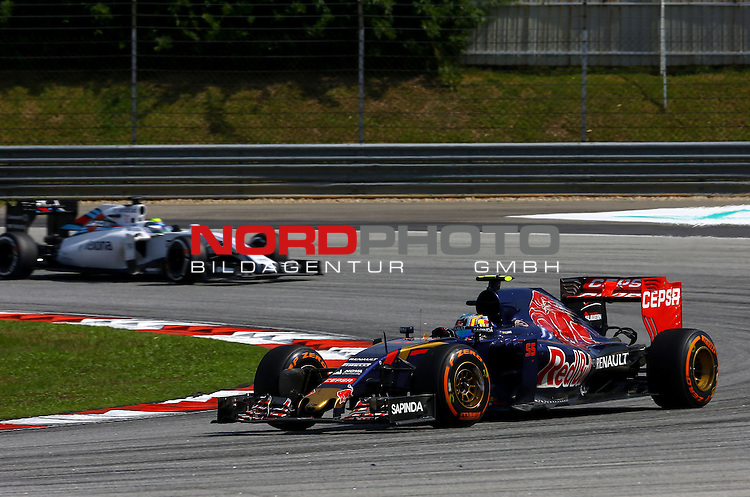 29.03.2011, Sepang-International-Circuit, Malaysia, MAL , Gro&szlig;er Preis von Malaysia / Kuala Lumpur, Training im Bild Carlos Sainz Junior (SPA), Scuderia Toro Rosso<br /> for the complete Middle East, Austria &amp; Germany Media usage only!<br />  Foto &copy; nph / Mathis
