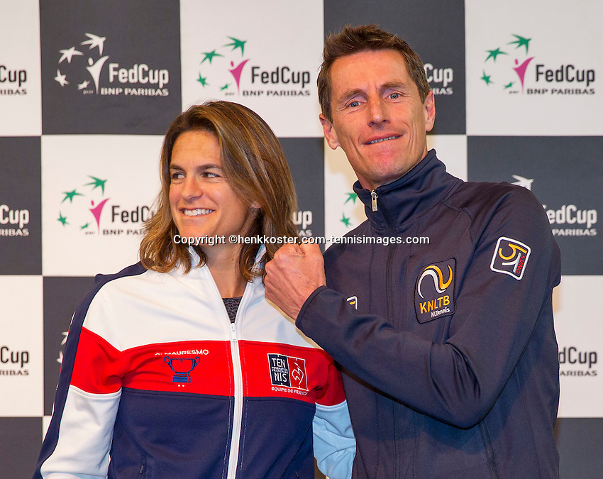 Arena Loire,  Trélazé,  France, 14 April, 2016, Semifinal FedCup, France-Netherlands, Draw,  French captain Amelie Mauresmo and Dutch captain Paul Haarhuis<br /> Photo: Henk Koster/Tennisimages