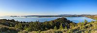 France, Aude (11), Peyriac-de-Mer, étang de Bages-Sigean vu depuis la colline du Mour // France, Aude, Peyriac-de-Mer, mere of Bages-Sigean seen from the hill of Mour