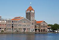 De  oude Verkade fabriek  aan de Zaan in Zaandam