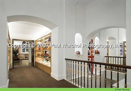 Marc Jacobs London by Stephan Jacklitsch Design
