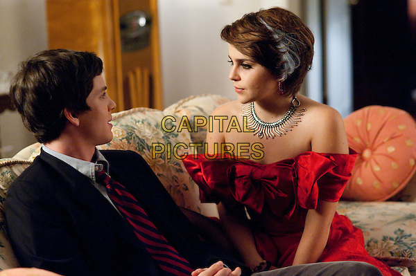 LOGAN LERMAN, MAE WHITMAN.in The Perks of Being a Wallflower (2012) .*Filmstill - Editorial Use Only*.CAP/FB.Supplied by Capital Pictures.