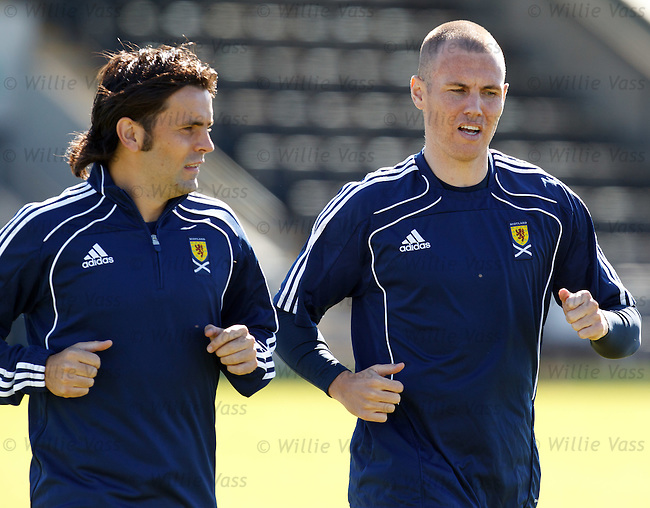 Paul Hartley and Kenny Miller at Scotland training