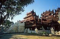 Asie/Birmanie/Myanmar/Haute Birmanie/Mandalay: Monastère Kyaung Sdhwenandaw