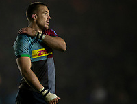 Harlequins' Mike Brown <br /> <br /> Photographer Bob Bradford/CameraSport<br /> <br /> Gallagher Premiership Round 7 - Harlequins v Newcastle Falcons - Friday 16th November 2018 - Twickenham Stoop - London<br /> <br /> World Copyright © 2018 CameraSport. All rights reserved. 43 Linden Ave. Countesthorpe. Leicester. England. LE8 5PG - Tel: +44 (0) 116 277 4147 - admin@camerasport.com - www.camerasport.com
