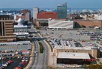 1994 November 15..Redevelopment..Macarthur Center.Downtown North (R-8)..VIEW WEST ON CITY HALL AVENUE...NEG#.NRHA#..