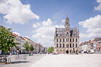 the Oudenaarde city square with it's majestic city hall<br /> <br /> cycling hotspots & impressions in the Vlaamse Ardennen (Flemish Ardennes) along the 181km Spartacus (Chasing Cancellara) cycling route<br /> <br /> Cycling In Flanders <br /> Flanders Tourist Board<br /> <br /> ©kramon
