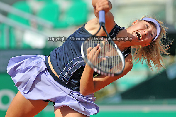 Maria Sharapova or Russia plays at the Internazionali BNL d'Italia tennis tournament in Rome on May 15, 2008.
