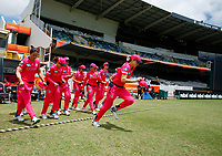 3rd November 2019; Western Australia Cricket Association Ground, Perth, Western Australia, Australia; Womens Big Bash League Cricket, Sydney Sixers verus Melbourne Stars; Ellis Perry of the Sydney Sixers leads her team out for the start of the Stars innings - Editorial Use
