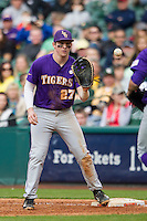 LSU Tigers first baseman Danny Zardon (27) prepares to catch a ball during the NCAA baseball game against the Baylor Bears on March 7, 2015 in the Houston College Classic at Minute Maid Park in Houston, Texas. LSU defeated Baylor 2-0. (Andrew Woolley/Four Seam Images)
