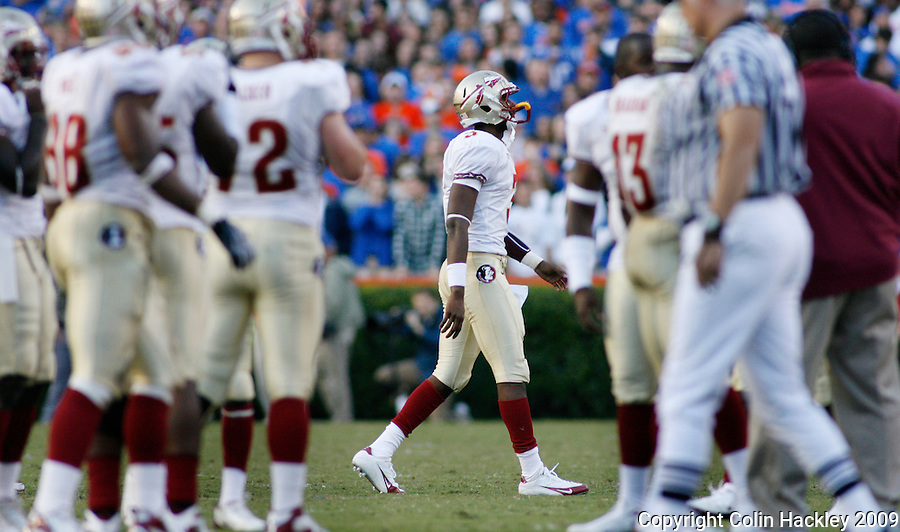 GAINESVILLE, FL 11/28/09-FSU-UF FB09 CH18-Florida State's EJ Manuel walks off the field after throwing an interception against Florida during first half action Saturday at Florida Field in Gainesville. .COLIN HACKLEY PHOTO