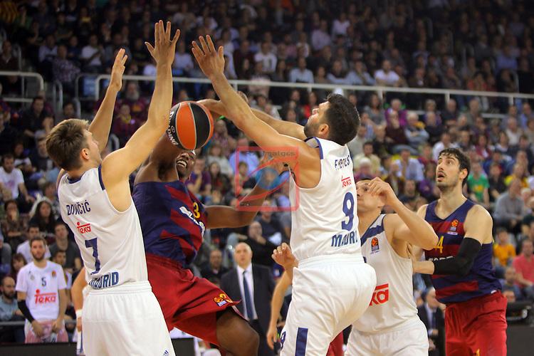 Turkish Airlines Euroleague 2016/2017.<br /> Regular Season - Round 8.<br /> FC Barcelona Lassa vs R. Madrid: 63-102.<br /> Luka Doncic, Jonathan Holmes &amp; Felipe Reyes.