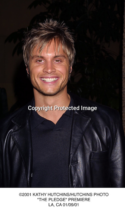"©2001 KATHY HUTCHINS/HUTCHINS PHOTO.""THE PLEDGE"" PREMIERE.LA, CA 01/09/01."