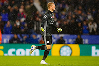 9th November 2019; King Power Stadium, Leicester, Midlands, England; English Premier League Football, Leicester City versus Arsenal; Kasper Schmeichel of Leicester City celebrates Jamie Vardy's opening goal after 68 minutes (1-0) - Strictly Editorial Use Only. No use with unauthorized audio, video, data, fixture lists, club/league logos or 'live' services. Online in-match use limited to 120 images, no video emulation. No use in betting, games or single club/league/player publications