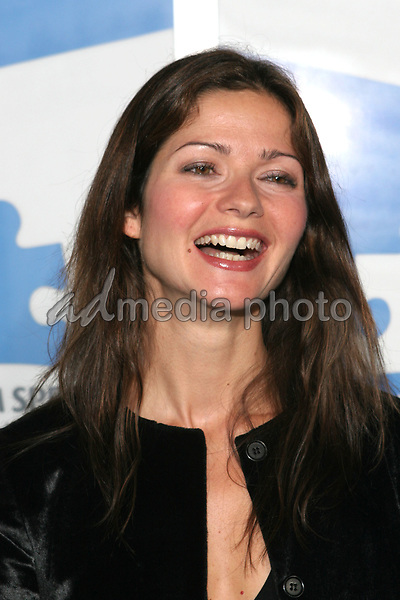 """24 September 2005 - Hollywood, California - Jill Hennessy.  Jerry Seinfeld and Paul Simon Perform """"One Night Only: A Concert for Autism Speaks"""" - Arrivals held at the Kodak Theatre.  Photo Credit: Zach Lipp/AdMedia"""
