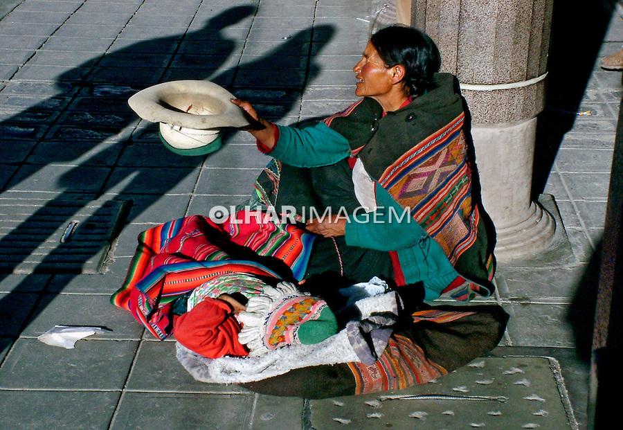 Pedinte na rua em La Paz. Bolívia. 2005. Foto de Flávio Bacellar.