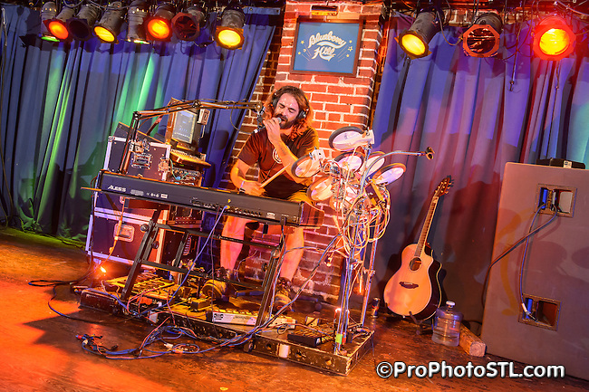 THE WANDERING MAD MAN in concert at Blueberry Hill in St. Louis, MO on June 22, 2012.