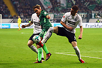 Marius Wolf (Eintracht Frankfurt), Ante Rebic (Eintracht Frankfurt) gegen Max Kruse (SV Werder Bremen) - 03.11.2017: Eintracht Frankfurt vs. SV Werder Bremen, Commerzbank Arena