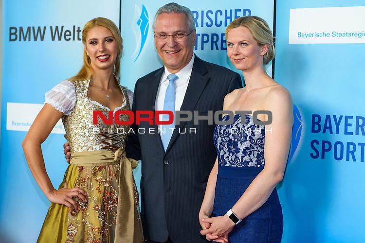 16.07.2016, BMW Welt, Muenchen, GER, Bayerische Sportpreis 2016, im Bild  Joachim Hermann mit Alexandra Wenk und Britta Steffen<br /> <br />  Foto &copy; nordphoto / Straubmeier