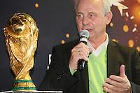 02.04.2014: WM-Pokal wird in Frankfurt verabschiedet