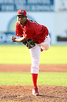 August 7 2008:  Pitcher Hector Cardenas of the Batavia Muckdogs, Class-A affiliate of the St. Louis Cardinals, during a game at Dwyer Stadium in Batavia, NY.  Photo by:  Mike Janes/Four Seam Images