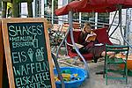 Doceria de bairro em Berlim. Alemanha. 2008. Foto de Cris Berger.