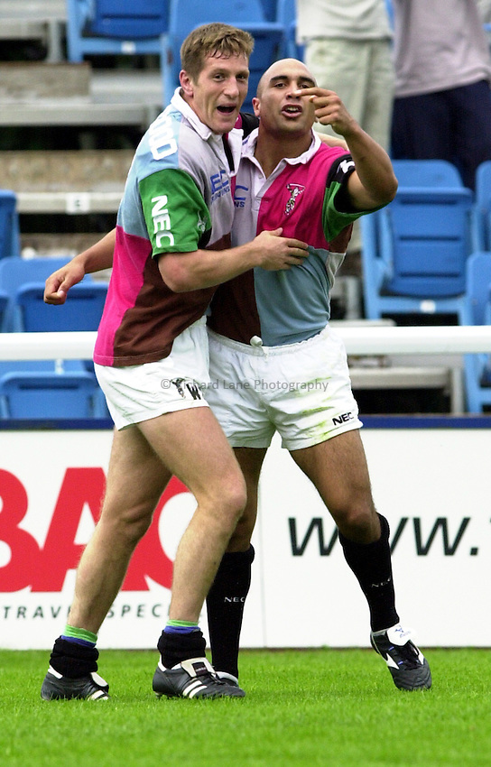 Photo. Richard Lane. .Harlequins v Bristol. Zurich Premiership. 16/9/2000.Brendan Daniels celebrates his try with Will Greenwood.