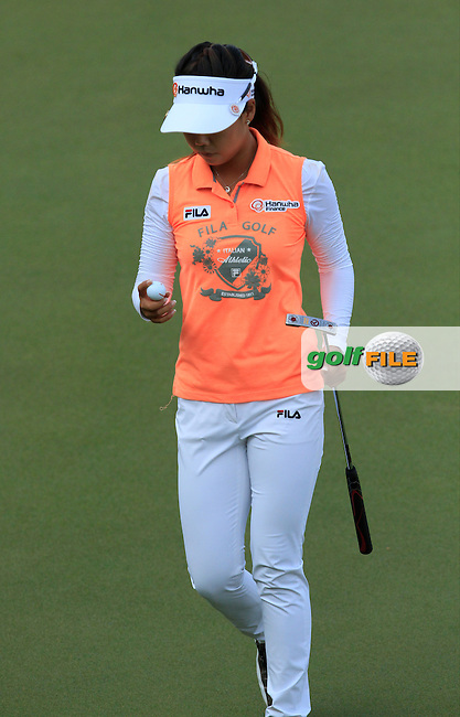 Jenny Shin (USA) on the 1st green during Round 4 of the HSBC Women's Champions at the Sentosa Golf Club, The Serapong Course in Singapore on Sunday 8th March 2015.<br /> Picture:  Thos Caffrey / www.golffile.ie