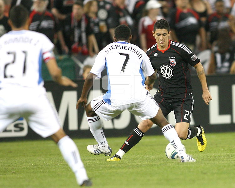 Pablo Hernandez #21 of D.C. United moves away from Khari Stephenson #7 of the San Jose Earthquakes during an MLS match at RFK Stadium in Washington D.C. on October 9 2010. San Jose won 2-0.