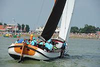 ZEILEN: STAVOREN: IJsselmeer, 26-07-2014, SKS skûtsjesilen, Akkrum, skûtsje Eilder Sietez, schipper Pieter Meeter, ©Martin de Jong