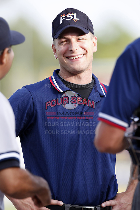 July 11, 2009:  Umpire Ben May during Florida State League game at Dunedin Stadium in Dunedin, FL.  Photo By Mike Janes/Four Seam Images
