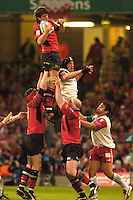 Cardiff, WALES.  Munster's, Donncha O'Callaghan, collects the line out ball during the  2006 Heineken Cup Final,  at the  Millennium Stadium,  between, Biarritz Olympique and Munster Rugby,  20.05.2006. © Peter Spurrier/Intersport-images.com,  / Mobile +44 [0] 7973 819 551 / email images@intersport-images.com.   [Mandatory Credit, Peter Spurier/ Intersport Images].14.05.2006   [Mandatory Credit, Peter Spurier/ Intersport Images].